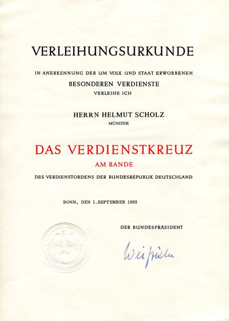Scholz1992