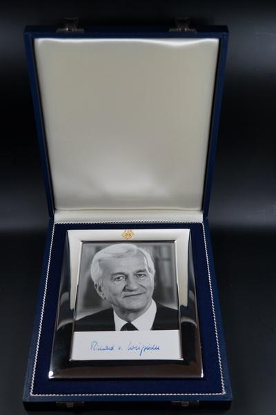 Silberrahmen des Bundespräsidenten